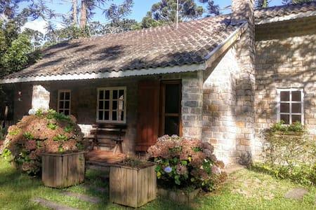 Casa de Campo- Est. Climat. Cunha - Cunha