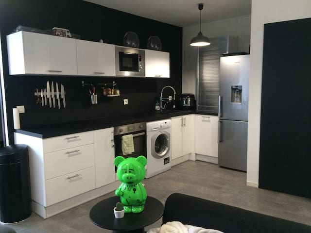 Chambre dans Appart rénové et moderne prox centre - Lille - Lejlighedskompleks