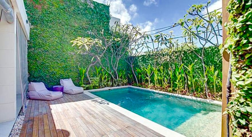 2BR Private Villa in heart of seminyak/4mins beach