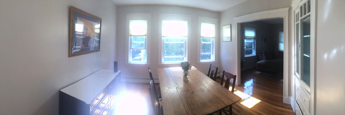 Elegant 2br with Parking and Porch Near Ashmont