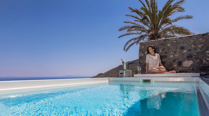 Elysian Villa II with Private Pool and sea view