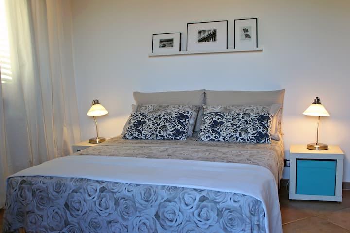 Cozy double bedroom in Scopello - VILLA PARADISO