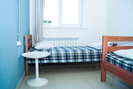 2-местный номер в Husky hostel - Ulan-Ude - Slaapzaal