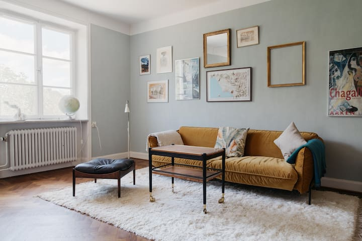 Chic Decorative Apartment w/ shared Roof Terrace