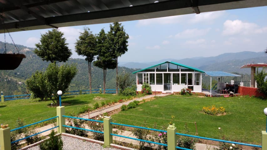 Mukteshwar Orchard Retreat (Hornbill)