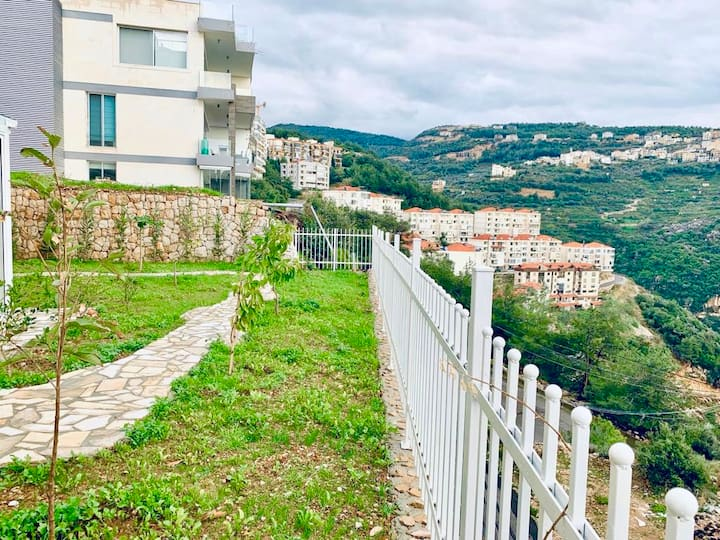 40% OFF   Rabweh home with incredible garden view
