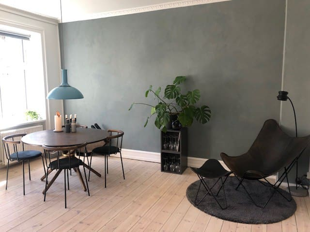 75 sqm central Vesterbro apartment with balcony