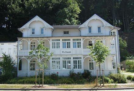 2-Zi-Ferienwohnung in VILLA AMANDA in Binz - Binz