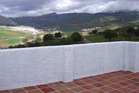 Tranquility and views close to Caminito del Rey - Álora - Haus