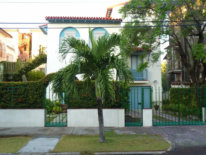 Colonial House - Efficiency, La Habana