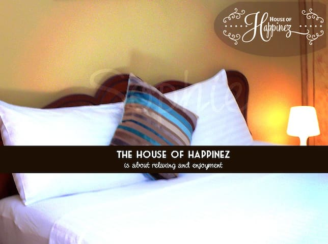 The House of Happinez: A cozy ambience (Room1)