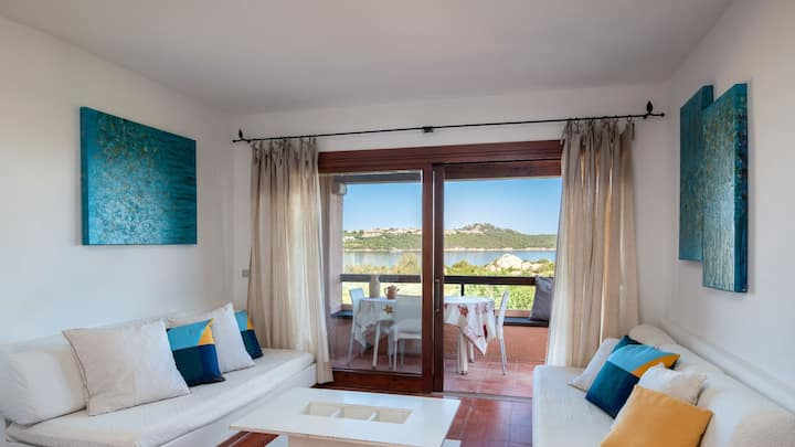 Marinella gulf - Sea view three bedroom apartment