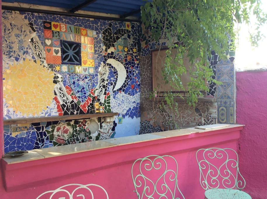 Bar with mosaics on the patio