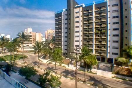 Apartamento a uma quadra da praia Riviera - Bertioga - Wohnung