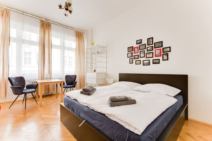 Very central small apartment