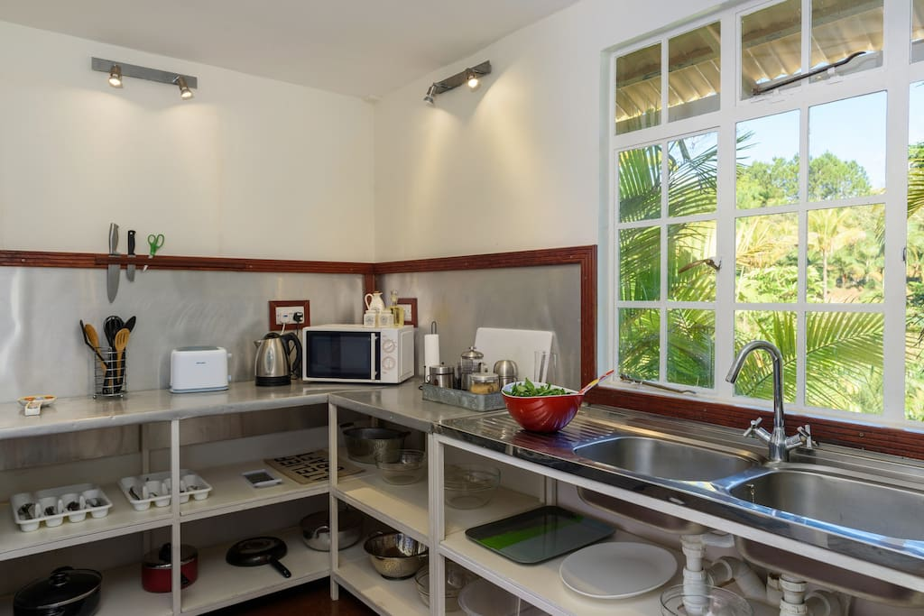 L'Atelier Fully equipped kitchen