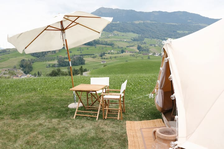 Romantic and quiet tent  in the Swiss countryside