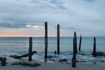 A short 20 minute drive to Port Willunga Beach