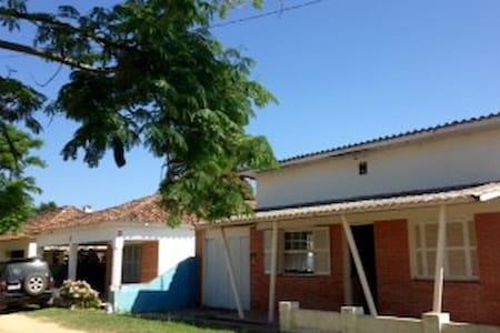 Casa de praia na fronteira Brasil-Uruguai - Barra do Chuí - Rumah