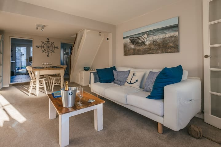 There's plenty of space in the lounge with chairs & large sofa.