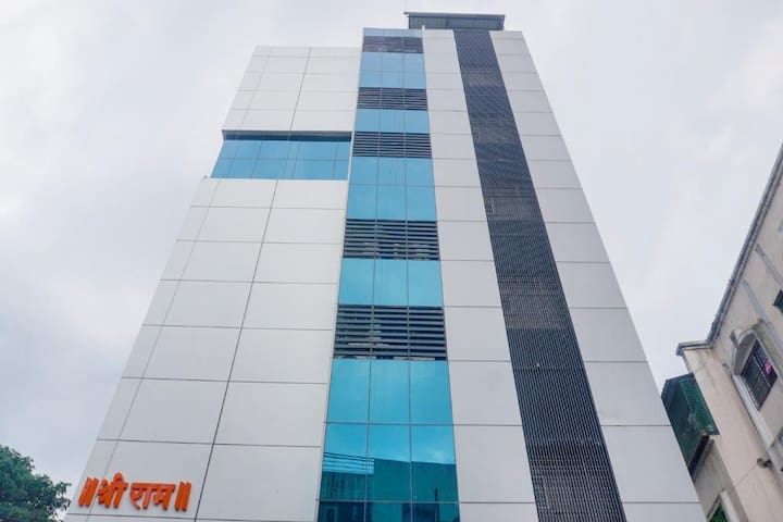 WiFi, Sanitized stay near Pune Lohegaon Airport