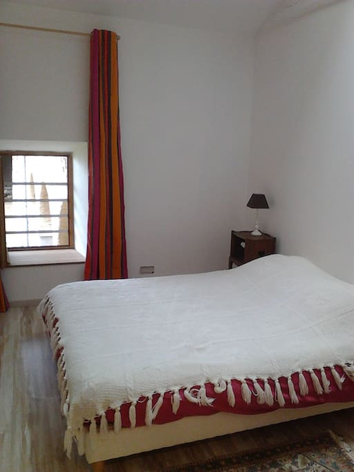 Chambre 1 avec lit double 1
