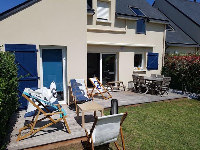 Maison récente avec jardin, Erdeven, proche plage
