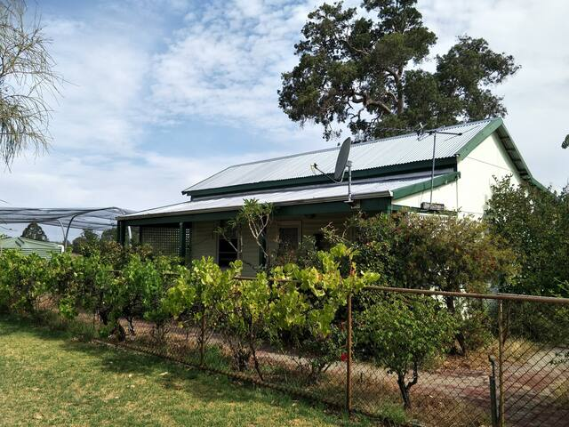 WA River Cottage