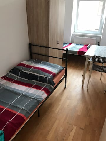 Private room for 2 persons in Vienna AS-3