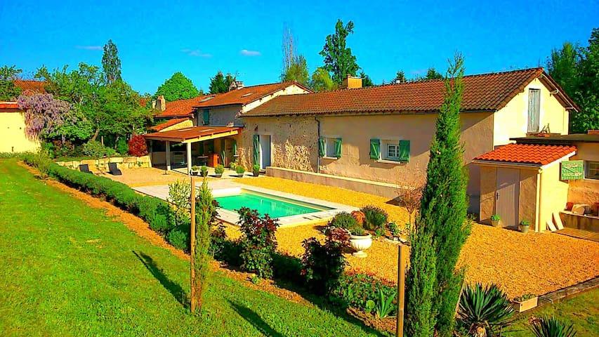 Lieu dit La Cote - Marsaneix - บ้าน