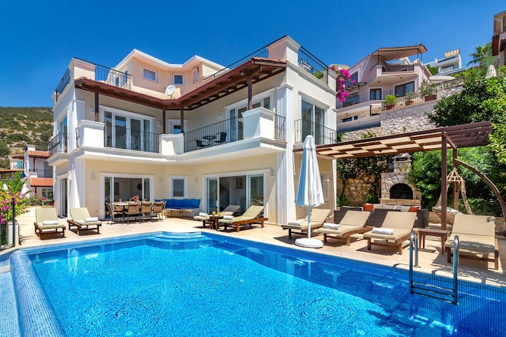 Beautiful Kalkan villa with pool, sea views