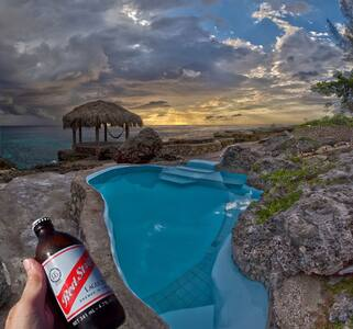 Tansobak Seaside Cottage - Little Bay Jamaica - Little Bay - Ferienunterkunft
