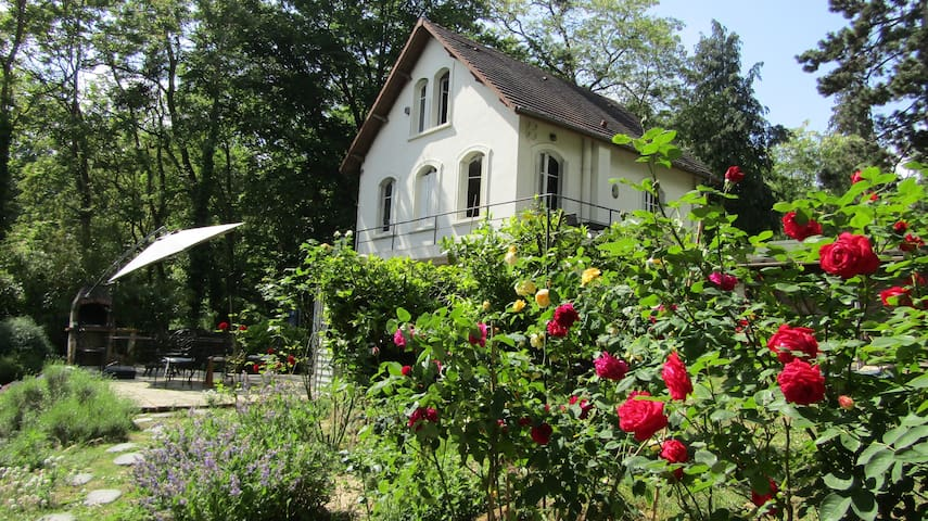 House 1930 in Regional Vexin Park