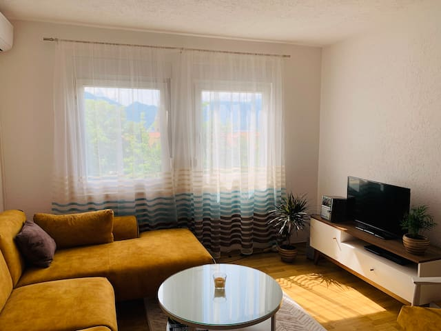 Newly 1 BR apartment near beach 5 min from Kotor