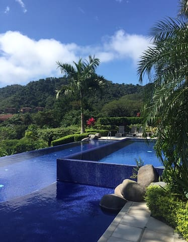 Luxurious Costa Rican Retreat - Los Suenos - Rekkehus