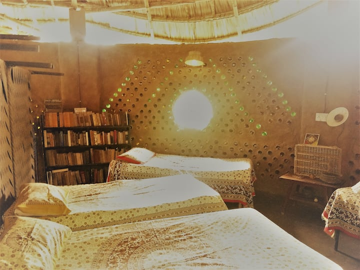 Pushkar Earth Hostel - Saral Shambhala