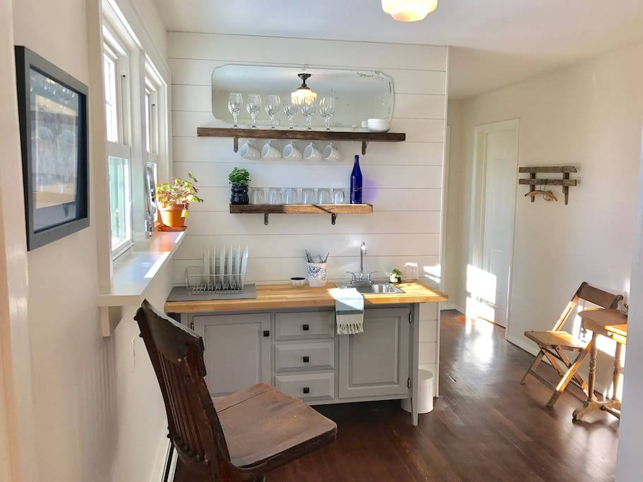 Bright and sunny kitchenette.