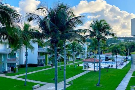 Beachfront Paradise 2 BR/BA Condo near El Yunque