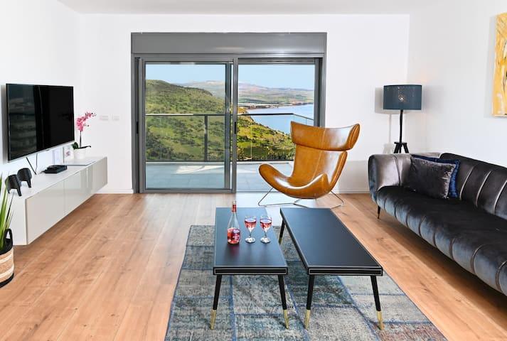 Nino Serenity Penthouse- 4Bdrm//Sea of the Galilee