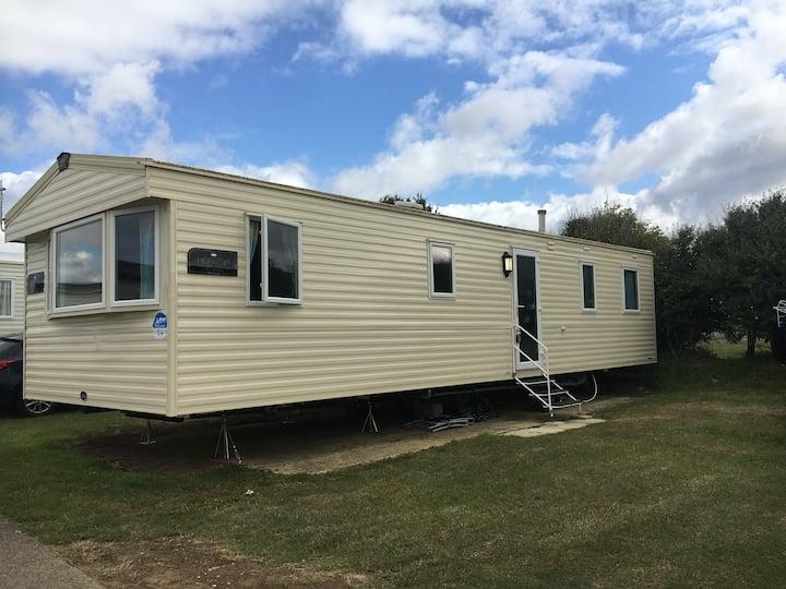 3 Bedroom Static Caravan in Littlesea Holiday Park