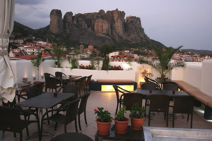 New listing! Meteora view for 3 people - Kalampaka - Bed & Breakfast
