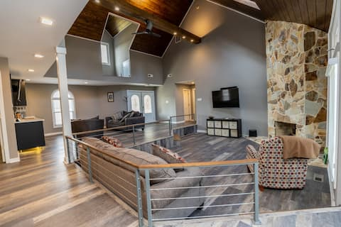 Renew Yourself in this Dream Home!