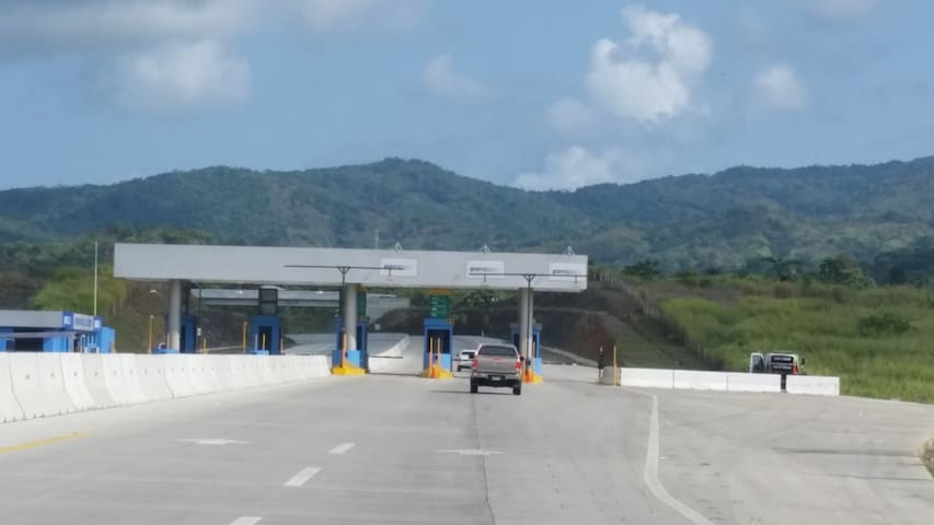 Corredor Norte or North Highway at 20kms from La Canelita