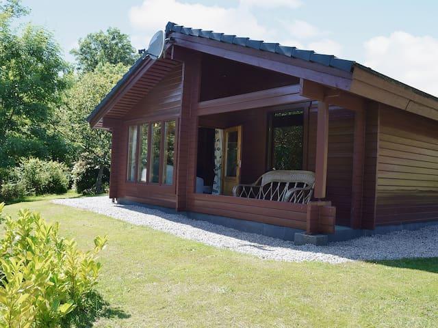 Green Lodge (30113)