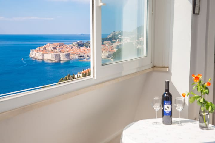 Katarina sea view apartment with balcony