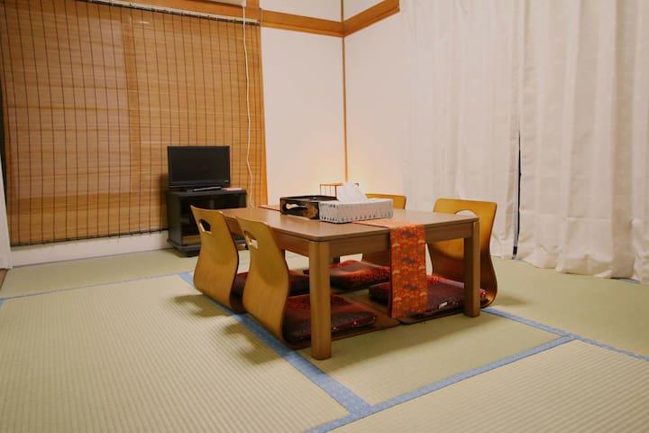 LOCAL Tokyo life! 3 tatami rooms, 3mins train sta