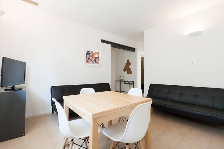 Brand new 2 bedroom flat with free private parking - Venice - Apartment