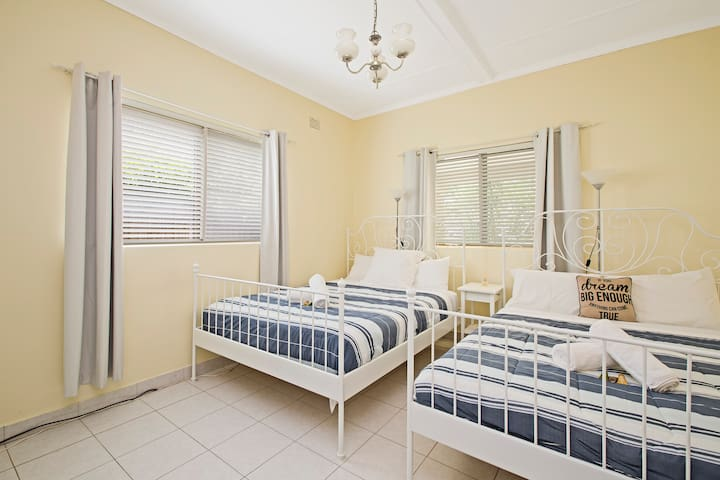 Lovely Large Room - Chatswood