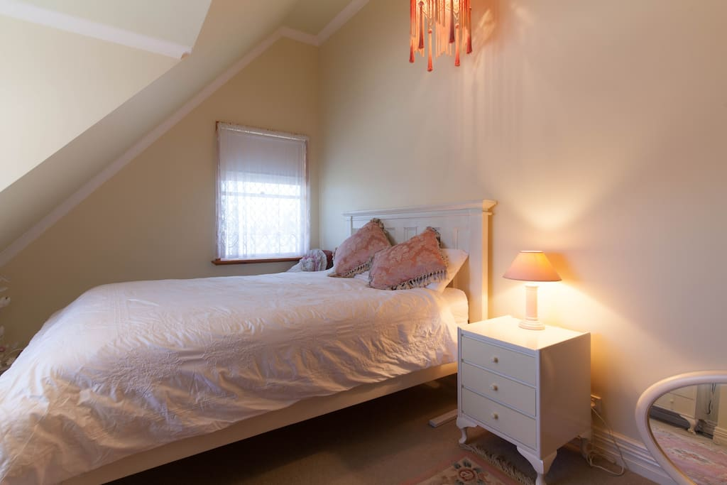 Beach House Casual Upmarket Vibe Bed And Breakfasts For