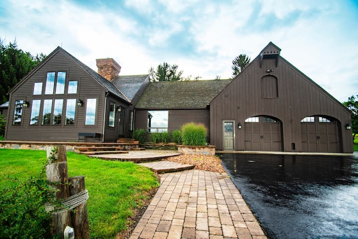 The Honeycrisp House at Beak & Skiff Orchards